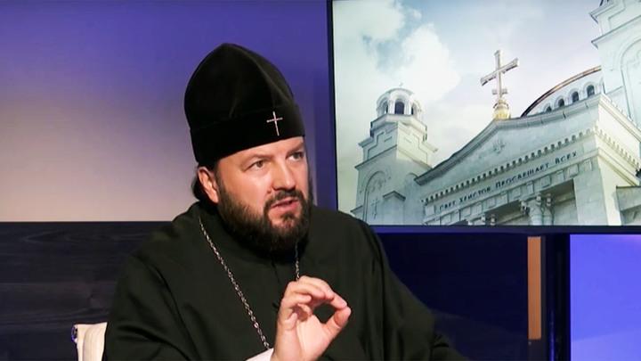 Вспомнить о Конституции: Храмы на Руси не закрывали даже в чуму
