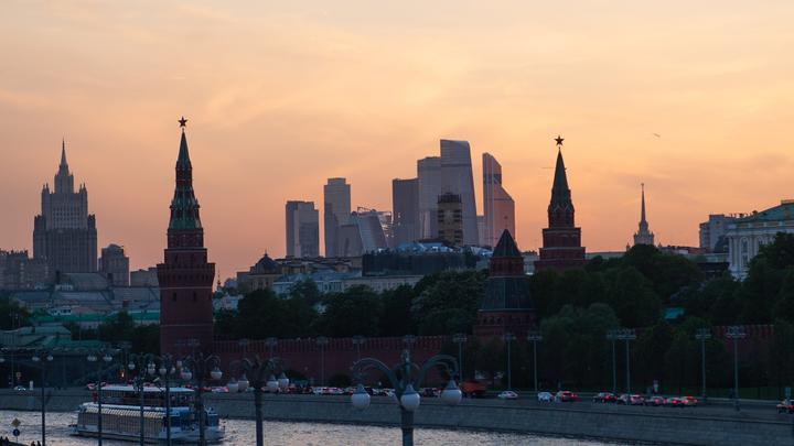 Призвавшему сжечь Москву украинскому министру напомнили о судьбе прошлых «поджигателей»
