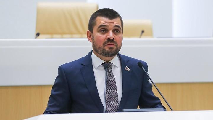 Сенатора Мамедова отправляют в Счетную палату