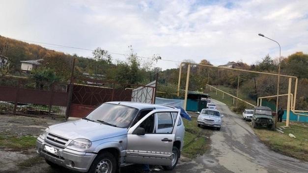 Одна женщина погибла, трое – пострадали: В Сочи иномарка сбила местных жительниц