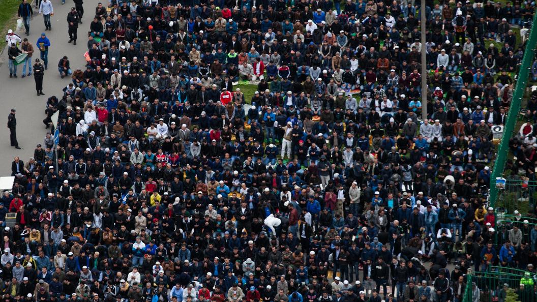 Курбан-байрам в Московской соборной мечети отметили более 200 тысяч мусульман