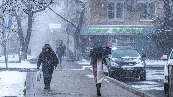 На Челябинскую область движется большой снегопад