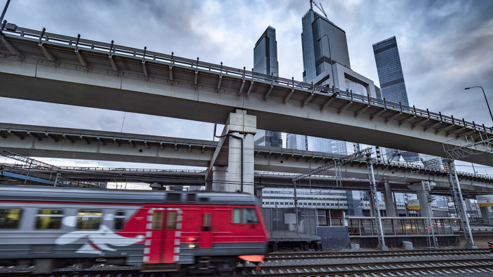 Главы Москвы и Подмосковья подписали соглашение о взаимном признании транспортных льгот