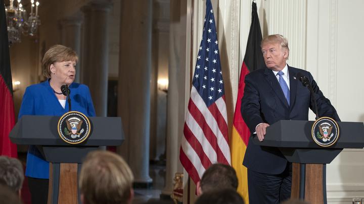 Уставшая от неуступчивости Трампа Меркель предложила ему отправиться к предкам