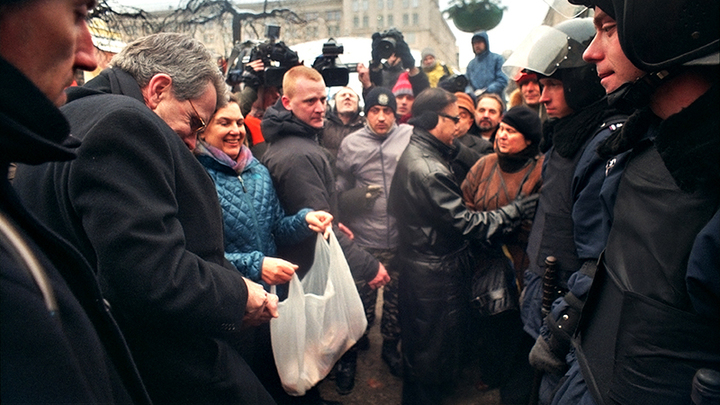 Дама с печеньками Виктория Нуланд – в Москве. Что нужно знать о её визите