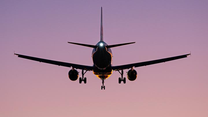 Погибли бы все: Эксперт оценил матерное сближение самолётов над Ростовом