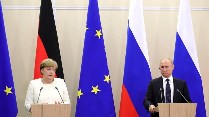 Меркель перед уходом сделала предупреждение о Путине