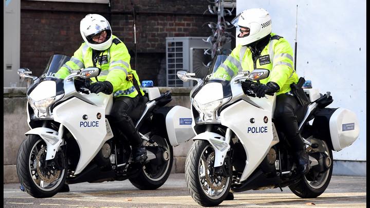 Британская полиция проводит обыски в доме подозреваемых в терроризме