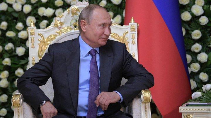 Отказываться нельзя: В Сети появились редкие кадры крестного отца - Путина
