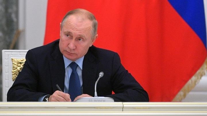 Наведите порядок!: Путин заставил краснеть министра науки и высшего образования России