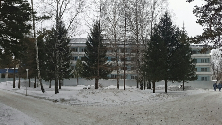 Пусть покормят и увезут: Протестующие против карантинного центра под Челябинском добились своего