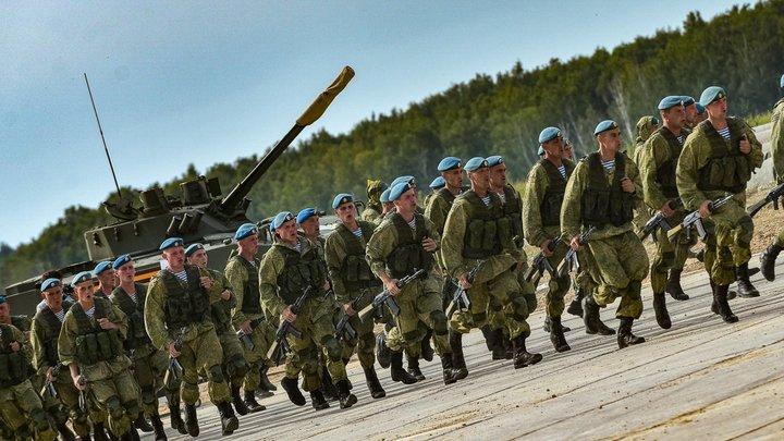 Достойные продолжатели традиций: Путин похвалил крылатую пехоту за безупречную выучку