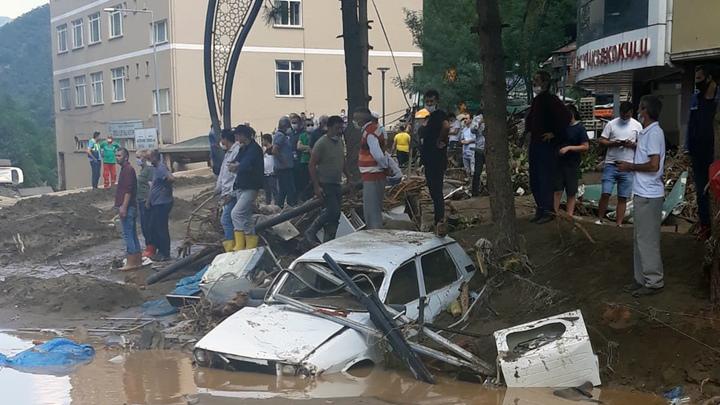 Трагичная сводка из Турции: Число жертв наводнения растёт непрерывно