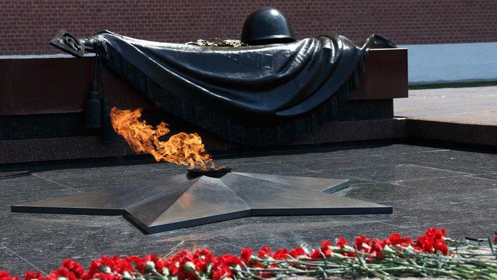 Сегодня Германия плюёт в душу русским: Российским ветеранам стала приходить почта ко Дню Победы от немцев