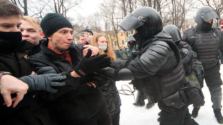Не заплатили только дуракам. Смета самого дорогого митинга Навального