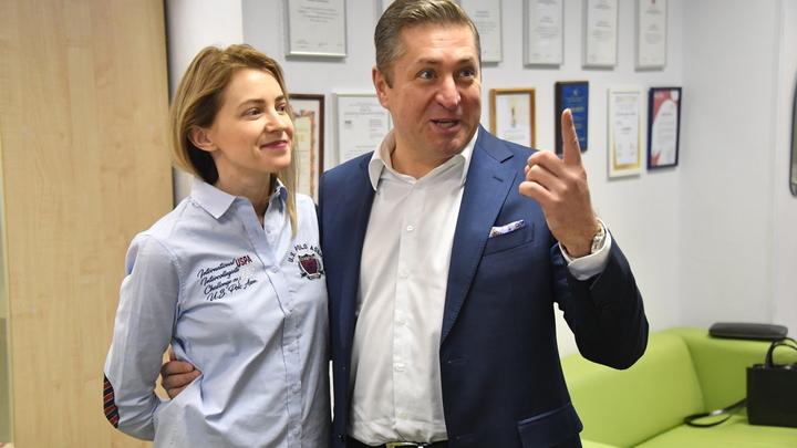 Руками Правого сектора: Муж Поклонской рассказал, за что директор крымских зоопарков мстит его жене
