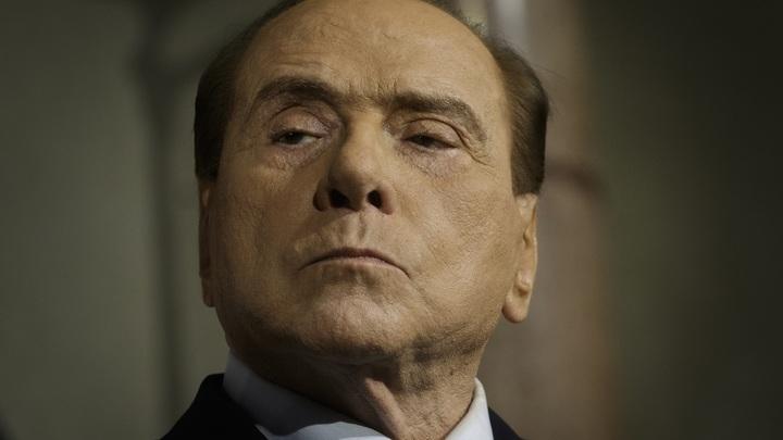 «Меня все просят»: Берлускони объяснил свое желание выбираться в Европарламент