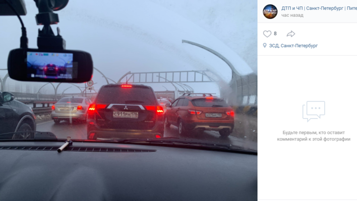 Продолжение коллапса: утром 25 февраля пробки в Петербурге достигли семи баллов