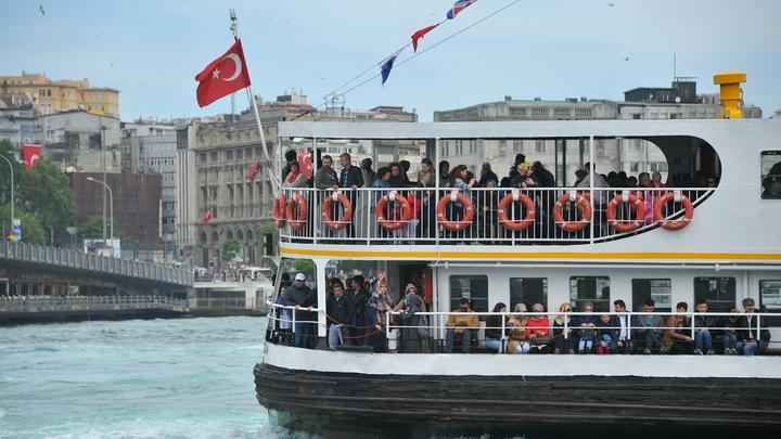 Пьяные драки, разборки, истерики девиц: туристы о реальном отдыхе в Турции, за который стыдно