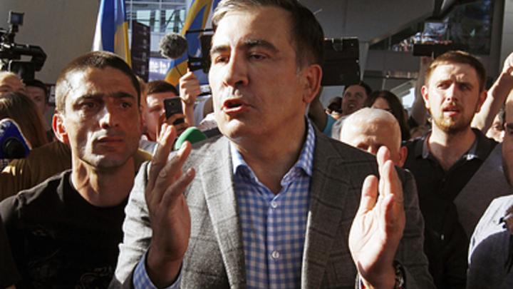 У Путина всё трещит по швам: Саакашвили в прямом эфире отдал России Мариуполь и Херсон