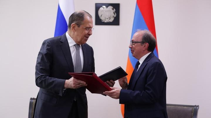 Армения и Россия подписали Меморандум о биологической безопасности