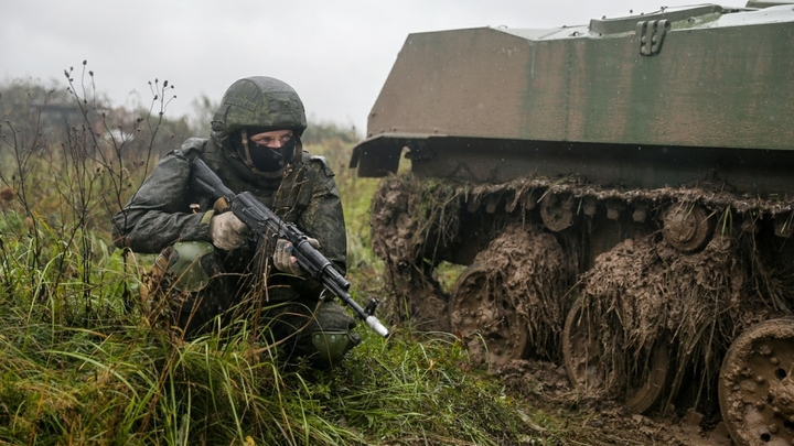 Минобороны: комплект Ратник-2 вместе с оружием стоит бюджету 200 тысяч рублей
