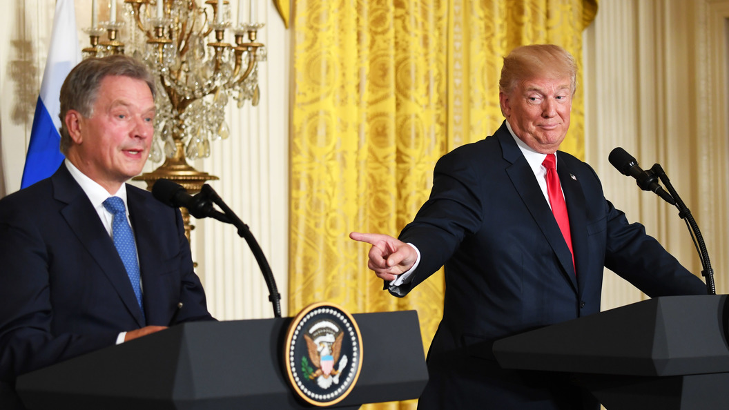 Конфуз на пресс-конференции: Трамп перепутал двух журналисток-блондинок