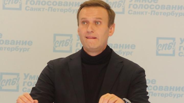 Замылить принципиально важные вопросы: Гаспарян о шумихе вокруг встречи Навального с Пригожиным