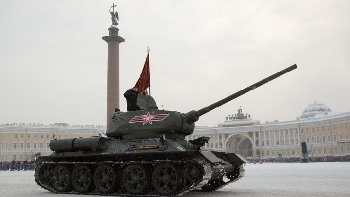 Ярош и Саакашвили на русском Т-34 давили нацистскую мразь: В Сети напомнили о легендарной четвёрке