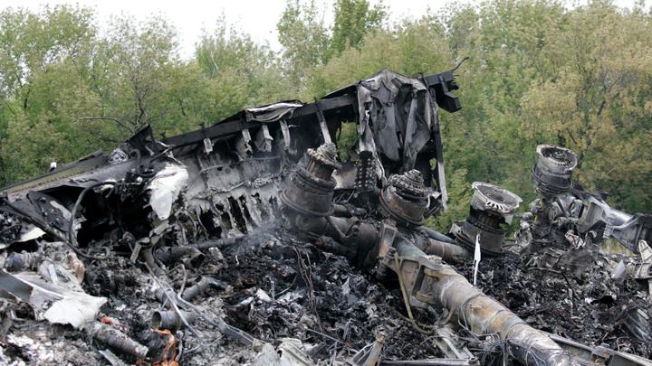 Кручу-верчу, стрелку прибора обмануть хочу: Техэксперт доказал внутренний взрыв в MH17