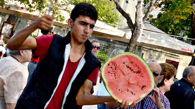 Убить за ягоду: Молодые мигранты взялись за ножи