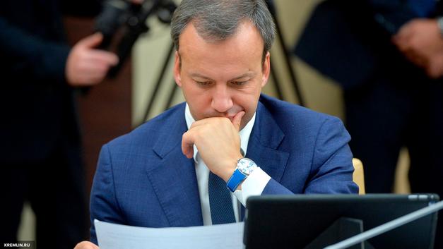 Вопрос будущего - Дворкович надеется легализовать продажу алкоголя через Интернет