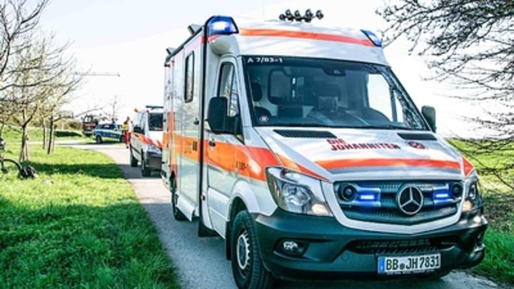 Пассажирский автобус рухнул в боливийское ущелье: Жертв десятки
