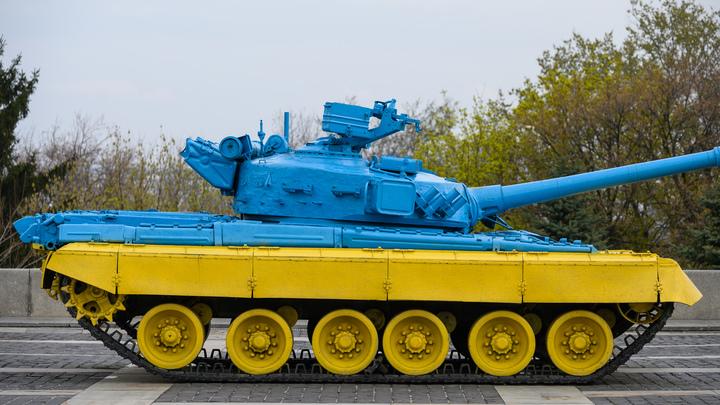 Грозивший Путину танками Цимбалюк снова сел в калошу: Танк, действительно, советский