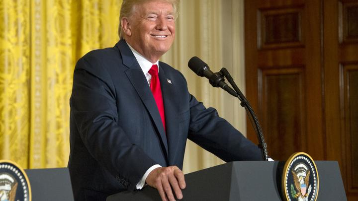 Трамп поздравил президента Узбекистана с Днем независимости