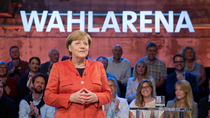 Меркель настаивает на продолжении бесконтрольного приема беженцев с Ближнего Востока