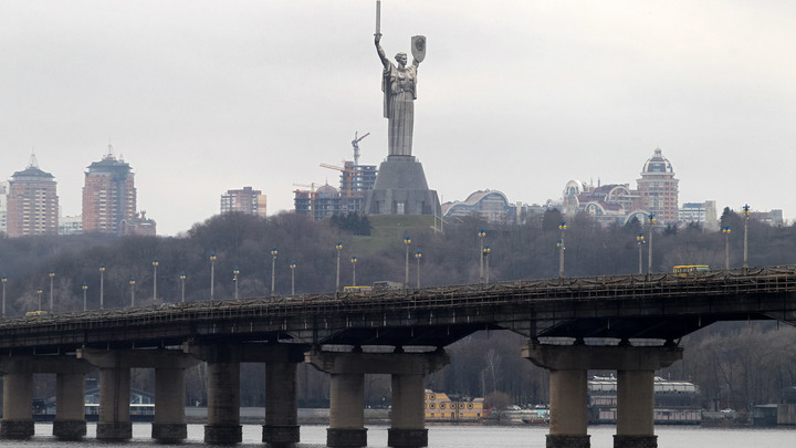 Яму заполняют кровью Донбасса: Русские на Украине - вынужденные участники отвратительного действа