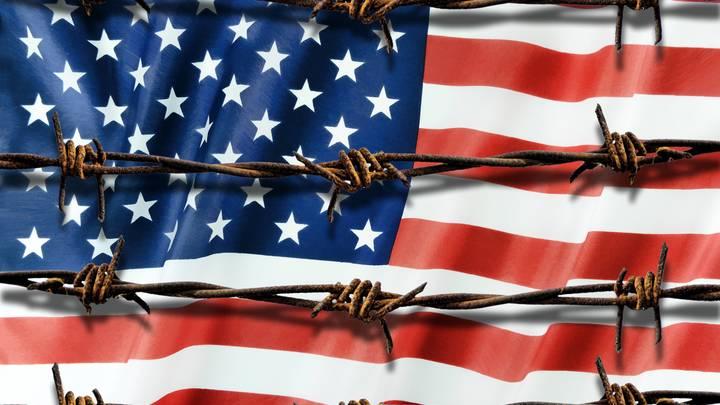 Посольство России предложило подписчикам выбрать консульство США для закрытия