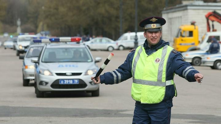 В Иванове полицейский сбил на машине девушку