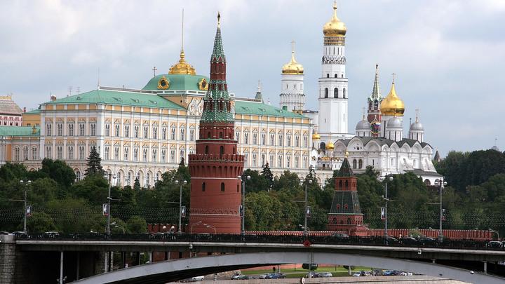 Захват парламента. Bloomberg продолжил вольные упражнения о будущем сроке Путина