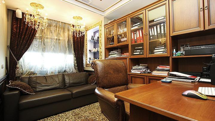 В Новосибирске продают элитную квартиру с кроватью-троном за 45 млн рублей