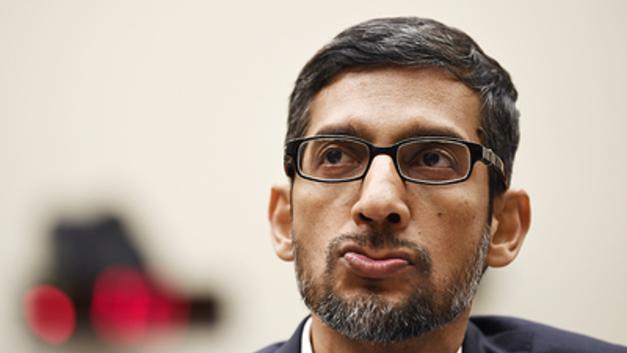 Гендиректор Google ″засыпался″ перед Конгрессом США на ″идиоте″ Трампе