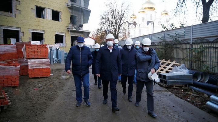 Стройка идет, но с отставанием: В Краснодаре корпус детской краевой больницы готов только на 34%