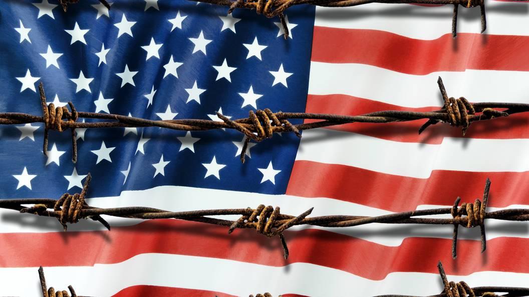 Сын и дочь президента Кеннеди арестованы в США за отказ прекратить вечеринку
