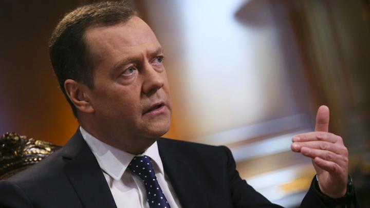 «На Западном фронте без перемен»: Дмитрий Медведев подвел итоги 2018 года