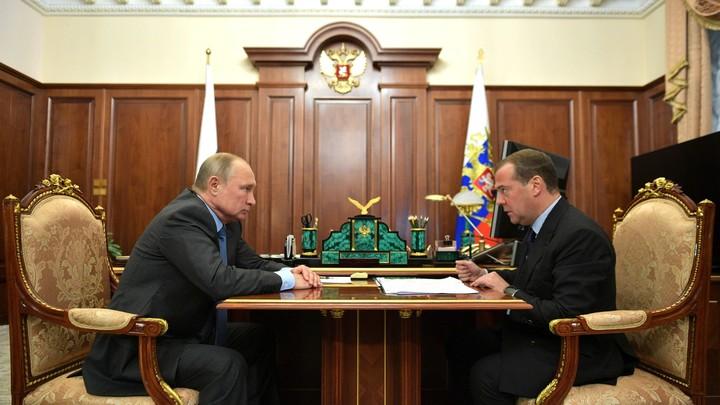 Не всё получилось: Путин сказал прощальные слова правительству. Всех отправили в отставку