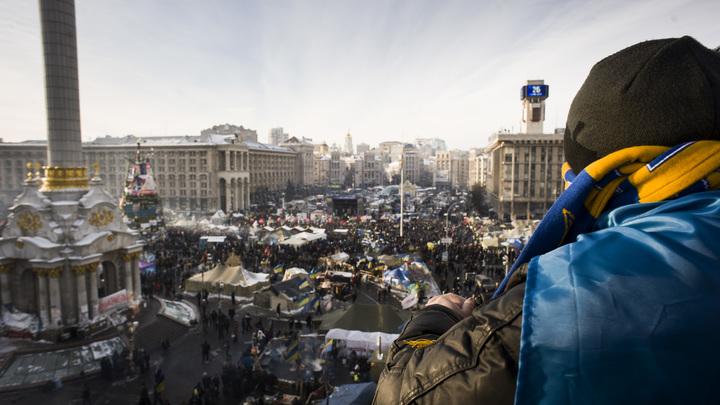 """""""Суток не прошло - нас предали"""": Политолог назвал критический момент 2014 года"""