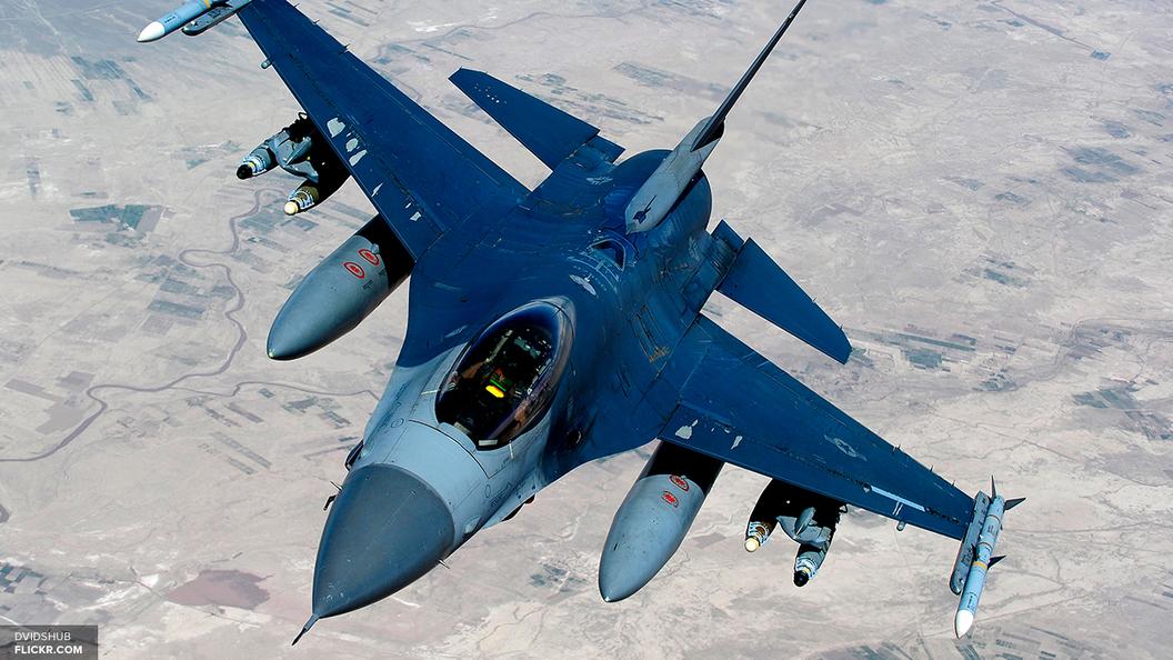 Военные самолеты США проследили за российскими базами в Сирии и Калининградской области