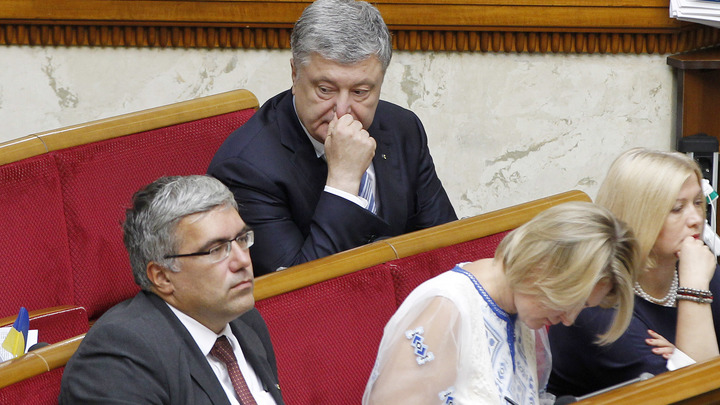 Плохой финал для Порошенко: Зеленский перешёл в атаку на экс-президента