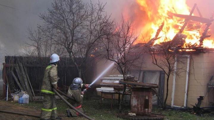 В Ростовской области с начала года в пожарах погибли 88 человек, среди жертв есть ребёнок